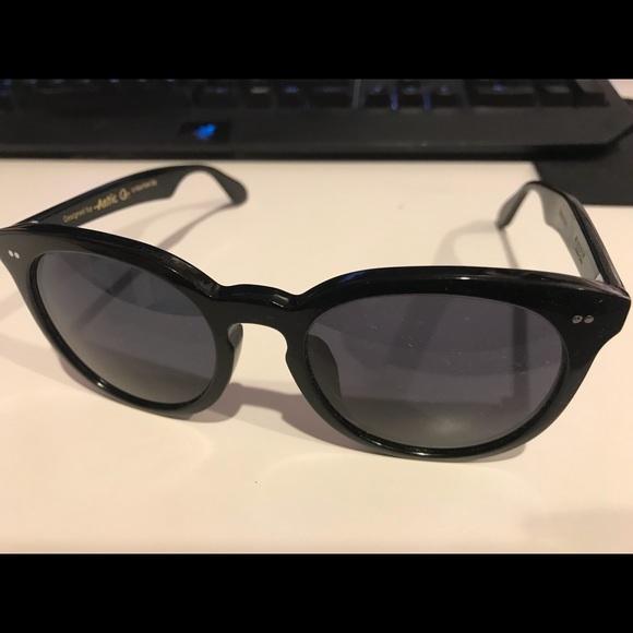39687fc5b36 Accessories - antic Q sunglasses